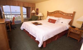 Comfortable guest room at the Hampton Inn at I-95 in Saint Augustine.