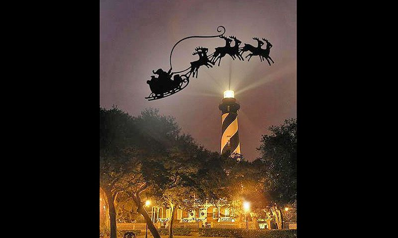 ... Luminary Night at the LIghthouse display of Santau0027s sleigh ... & Luminary Night at St. Augustine Lighthouse 2016 | St. Augustine FL