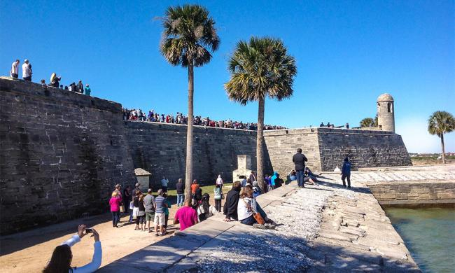 Ancient City Tours school group at the Castillo de San Marcos in St. Augustine, Florida.