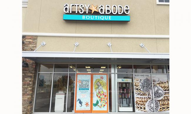 Artsy Above carries a wide range of favorite brands in jewelry, clothing, home decor, and gift items.