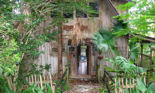 Beluthatchee Park was formerly the residence of activist and conservationist Stetson Kennedy.