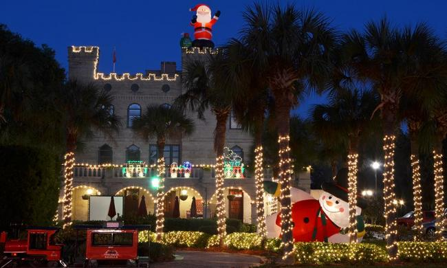 ripleys red trains nights of lights tours 2018 19 visit st augustine