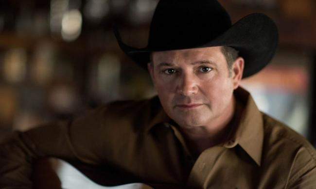 Longtime country music performer Tracy Byrd will stop by the St. Augustine Amphitheatre June 12, 2021.