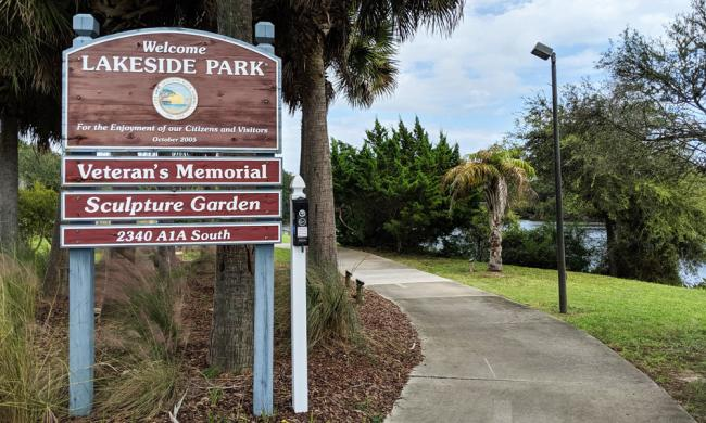 Sign at the footpath entering Lakeside Park in St. Augustine Beach.