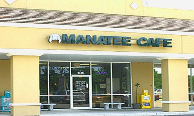 The entrance to Manatee Café in St. Augustine.