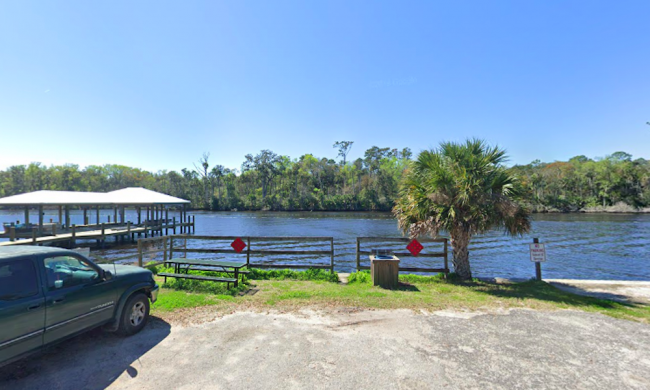 Mickler's Warf offers Intracoastal access to the public
