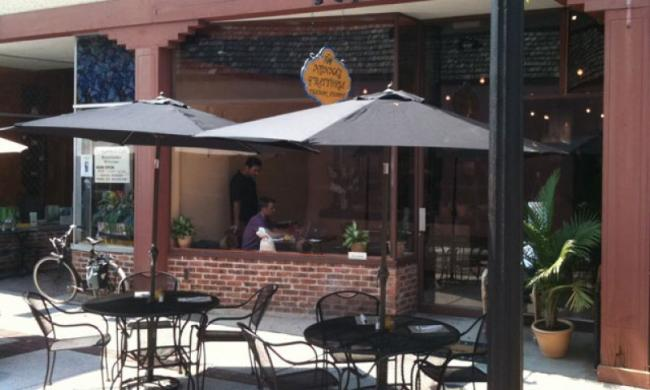 The sidewalk cafe at Nonna's Trattoria on Aviles Street in St. Augustine, Florida.