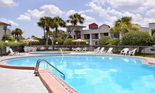 Enjoy the great pool at the Ramada Limited for hot Florida days.