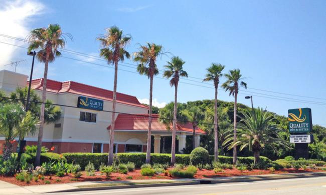 Quality Inn Suites A Hotel Accommodation Located Across The Street From St Augustine Beach