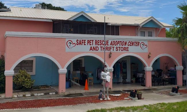 Outside SAFE Pet Rescue Thrift Store in St. Augustine, FL.