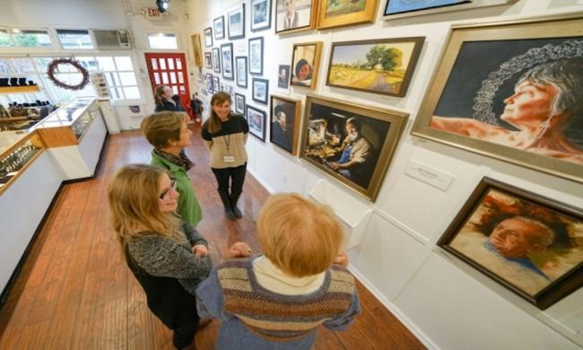 A St. Johns Cultural Council gallery tour