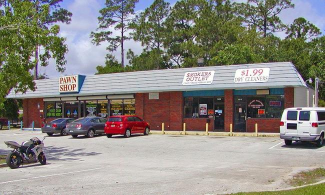 Smoker's Outlet is located on SR 207 in St. Augustine, Fl.