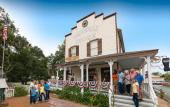 The Oldest Store Museum is the re-creation of a St. Augustine general store from 1908.