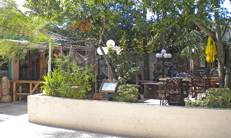 Backyard Island Cafe St Augustine